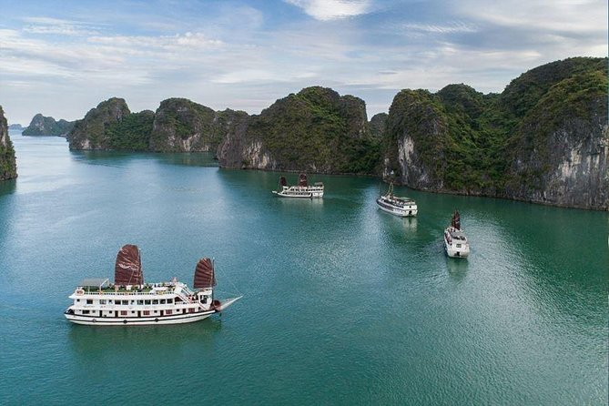 Bai Tu Long Bay 3 Days 2 Nights - Swan Cruise