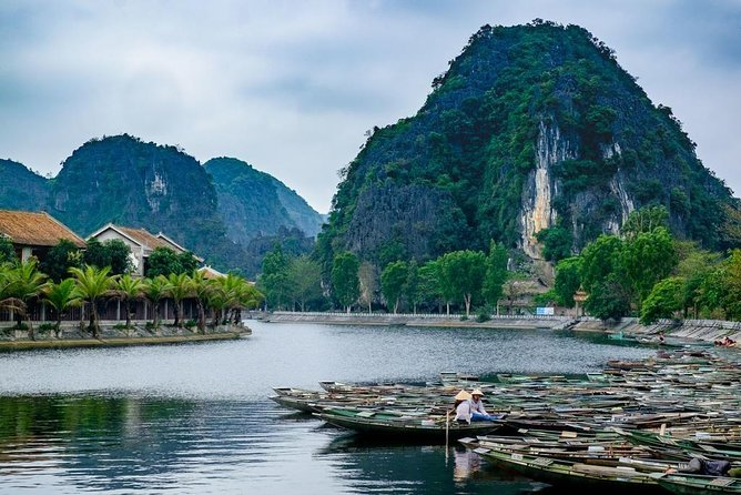 Ninh Binh Day Tour: Hoa Lu Tam Coc Full Day Tour + Biking, Boating, Sightseeing