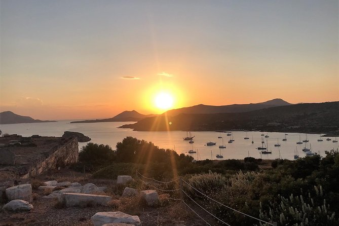 Half-day private getaway to Athens Riviera and Cape Sounion