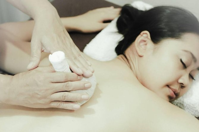 1.5 Hours Traditional Thai Massage with Herbal Compress - Free Transportation