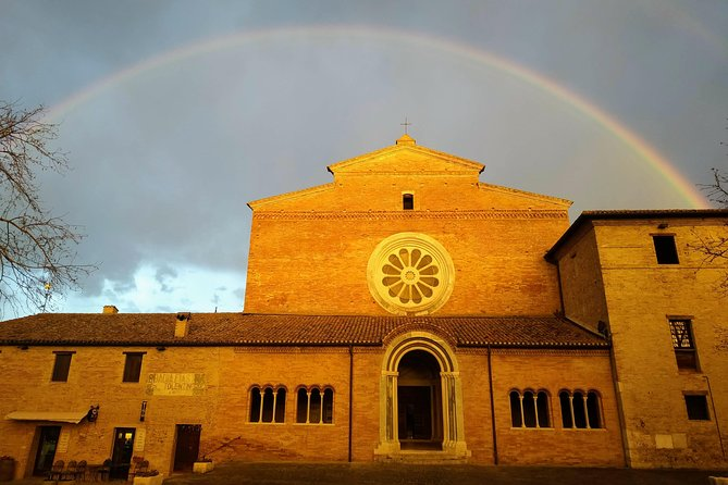 Exclusive guided tour of the Abbey of Fiastra