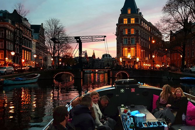 NEW! Authentic Amsterdam Evening Cruise!