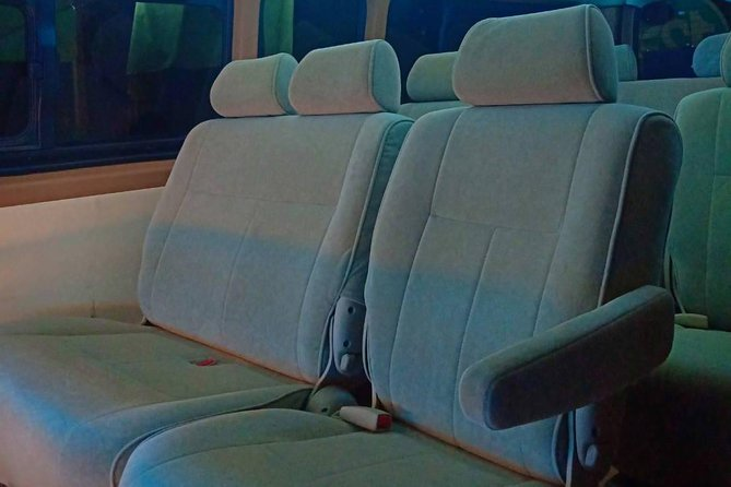 VIP van transport from Bangkok to Wat Mahathat in Ayutthaya