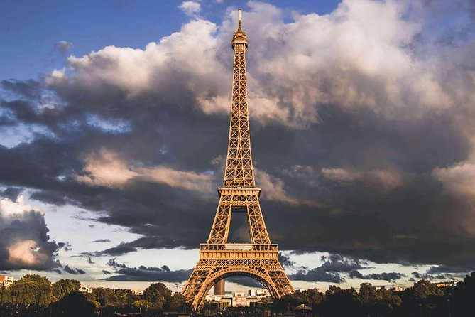 Eiffel Tower Top Floor Ticket: Skip The Line VIP access to Summit (3rd floor)