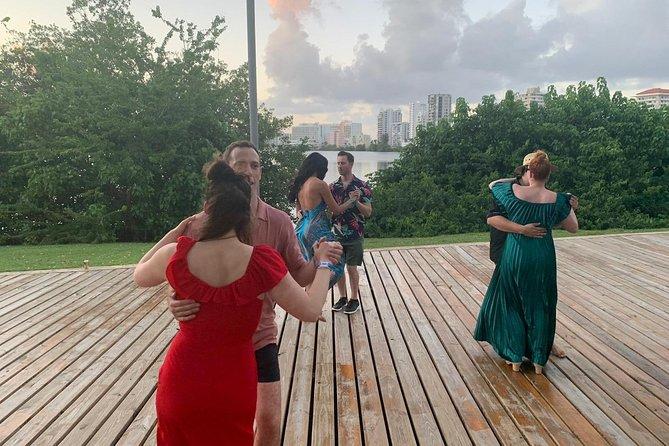 Outdoor Salsa Dance Workshop for Beginners - San Juan, Puerto Rico