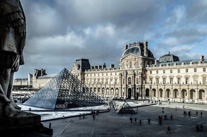 PARIS: Private Louvre Tour