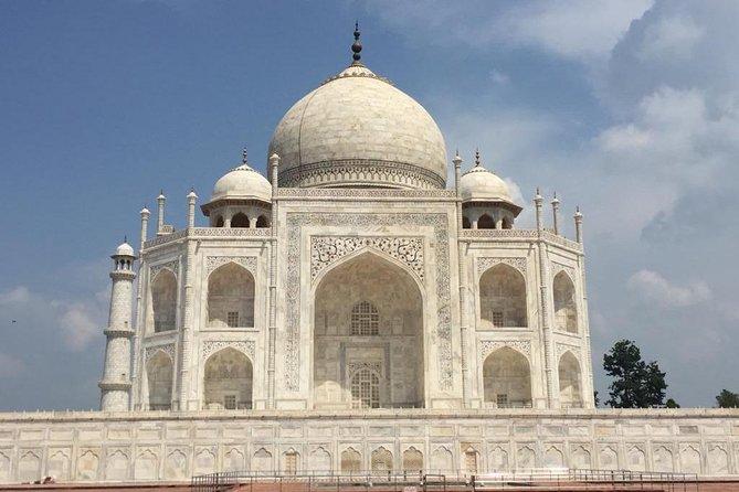 Rs. 1000 for Tour by Gatiman Exp. Train ( Agra TajMahal )