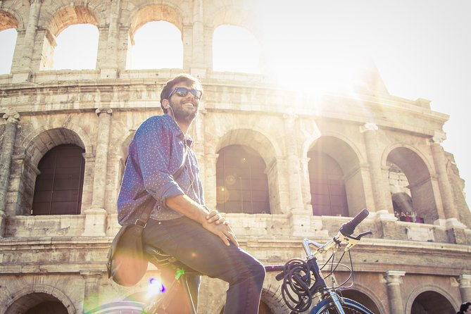 Rome Bike Rental plus Exclusive Colosseum guided tour Skip-the-line tickets