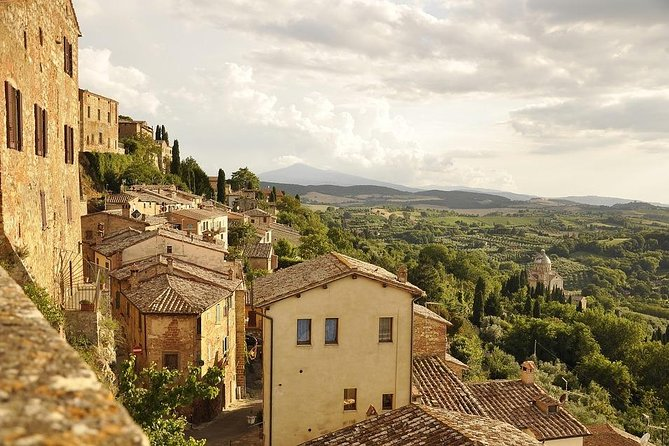 Montepulciano and Pienza: history, art and wine