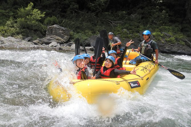 Local half past 12 meeting, rafting tour half day (3 hours)