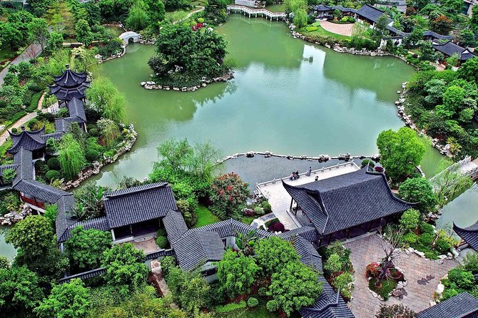 Suzhou and Zhouzhuang Water Town Private Day Tour from Shanghai
