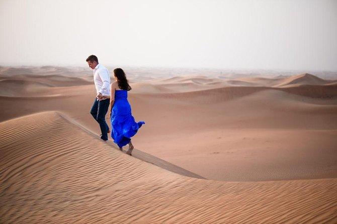 Romantic Dinner in the middle of Desert