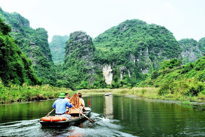 Luxury Group Tour Ninh Binh - Bai Dinh - Trang An - Mua Cave 1 Day from Ha Noi