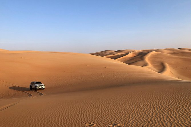 Explore Liwa Full Day Desert Safari