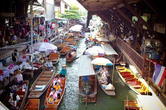 Pattaya Floating Market with Return Transfer