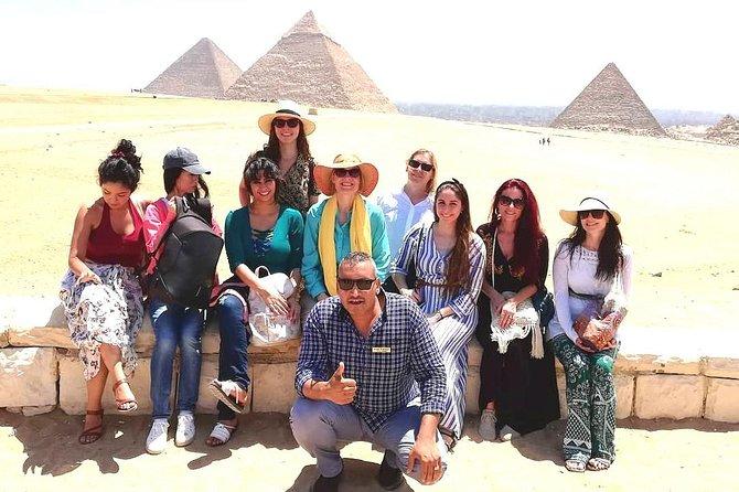 Giza Pyramids tour with Egyptologist