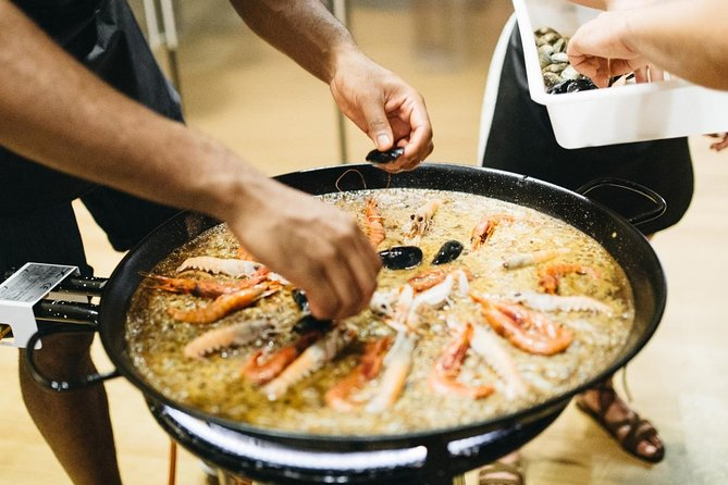 Barcelona Paella Cooking Workshop with a Professional Chef & Lunch