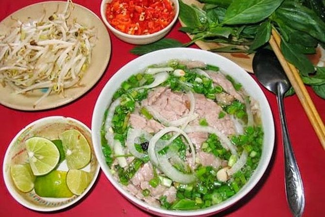 Tasting 7 Different Hanoi Street Foods + Local Drinks at Day Time by Walking|