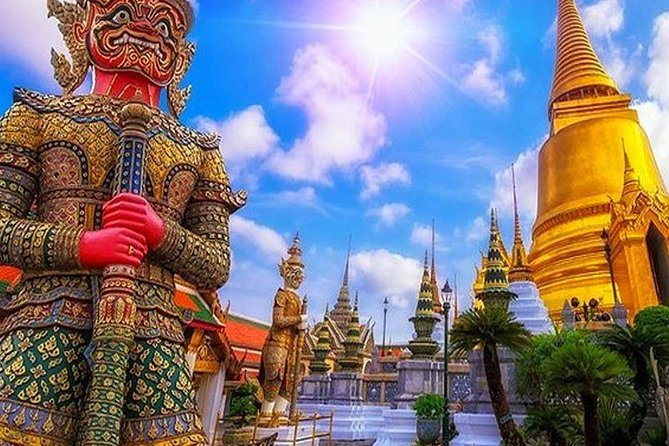 Grand Palace Tour & Emerald Buddha Temple Tour Bangkok