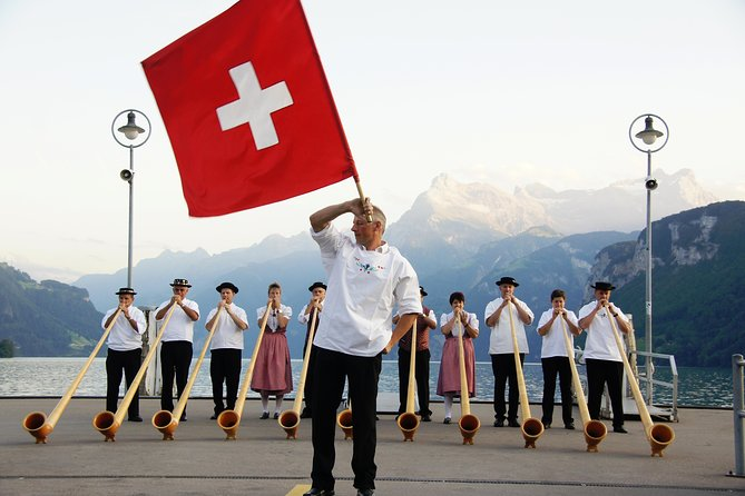 From Zurich: Alphorn crash course & TOP hidden gems
