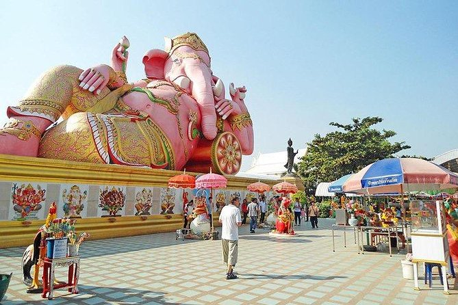 Chachoengsao Full Day Tour from Bangkok : Lord Ganesha Temple & BAT at Temple