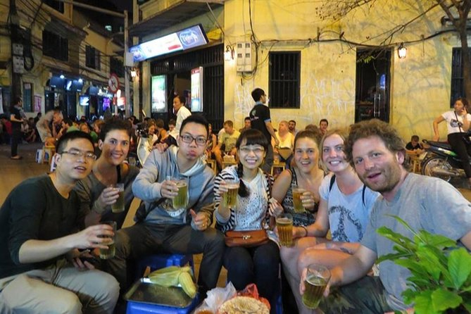 Small Group: Ha Noi Walking Street Food Tour With Professional Tour Guide