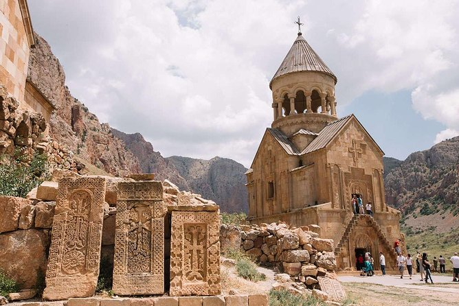 Armenia: Between Monasteries and Fortresses of Vayots Dzor