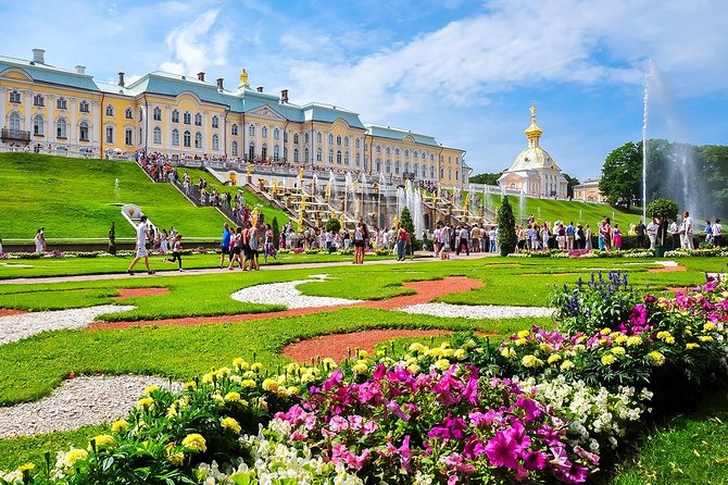 Private Day Trip by Hydrofoil: Peterhof Gardens and Palaces from St.Petersburg