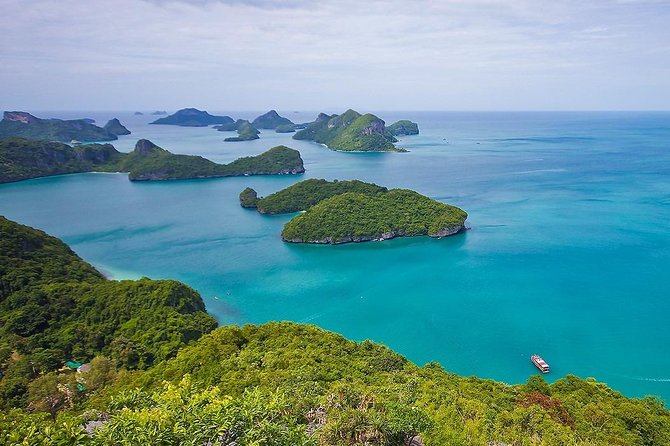 Angthong National Marine Park by Tour Boat with Snorkeling & Kayaking
