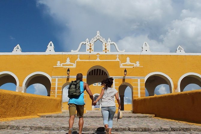 Let's go to Izamal in one day