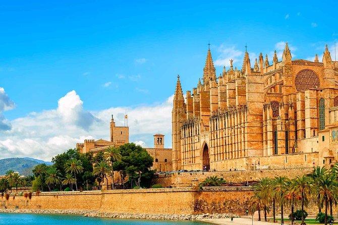 Private Transfer from Andratx to Mallorca airport (PMI)
