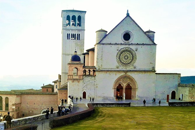 Assisi from Rome - Private Day Tour with Luxury Car