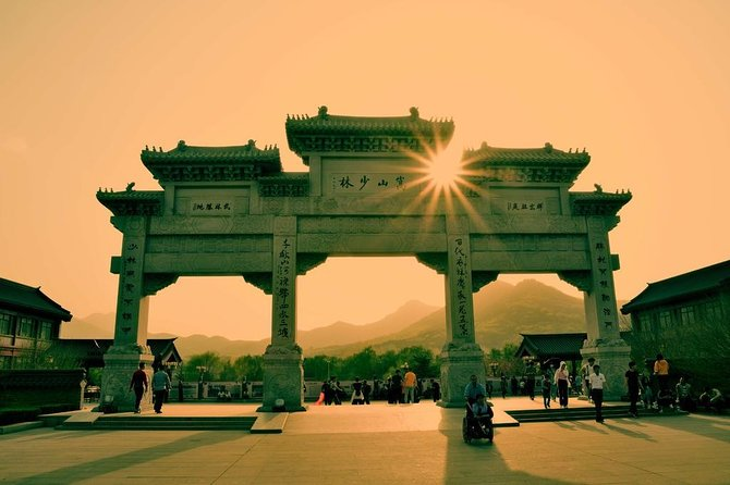 2-Day Private Tour of Shaolin Temple and Luoyang City