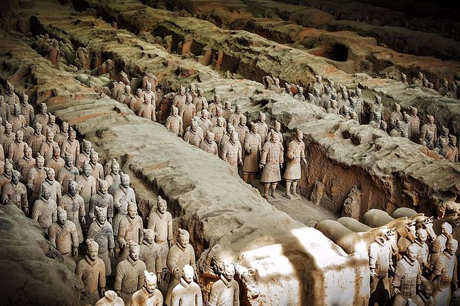 Xi'an in One Day from Kunming by Air: Terracotta Warriors, City Wall and More