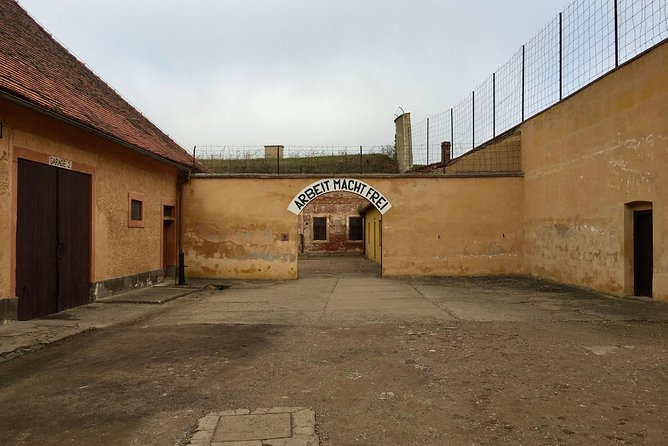 Terezín Concentration Camp Private Tour by Minivan or Limousine