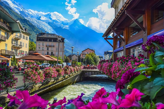 Private trip from Geneva to Swiss Riviera Montreux & Chamonix in France