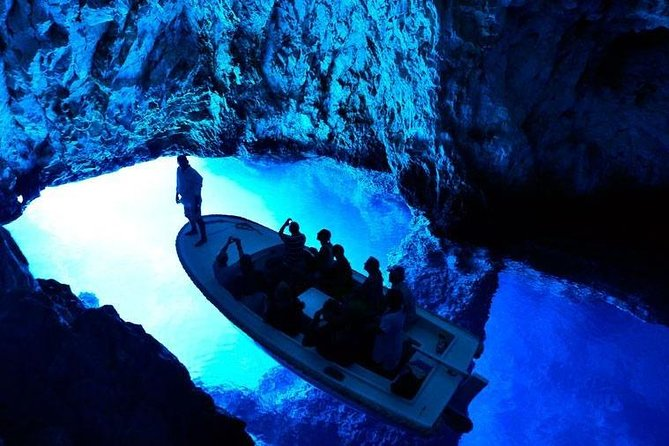 Blue Cave & six islands - Private boat tour photo 15