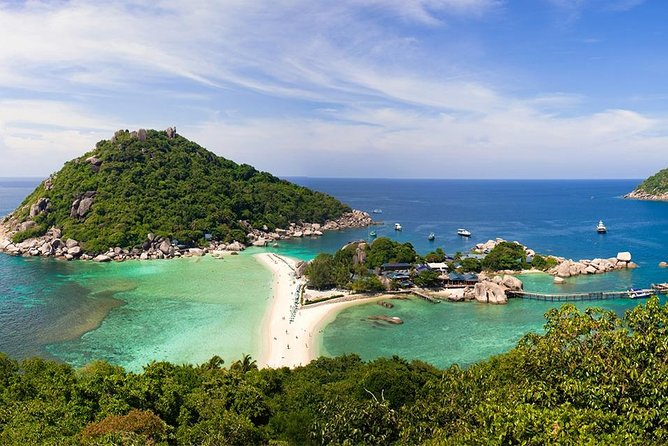 Snorkeling Trip Koh Tao & Koh Nangyuan by Speed Boat (Included Entrance Fee)