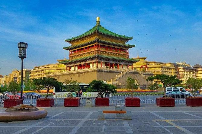 All Inclusive Private 2-Day Tour of Xi'an Highlights from Qingdao with Hotel