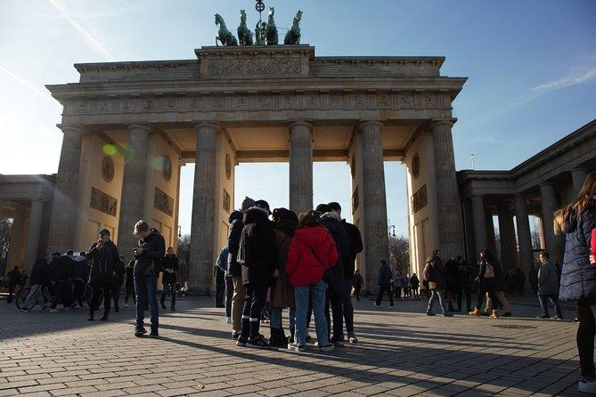 Street escape rooms (Tour Berlin)