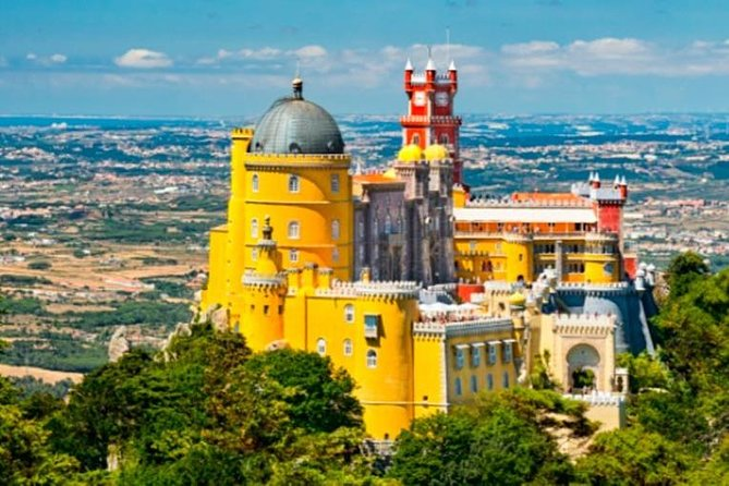 Beyond Sintra Full Day Private Tour with Guide