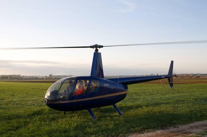Helicopter tour above Rome with lunch at Bracciano lake