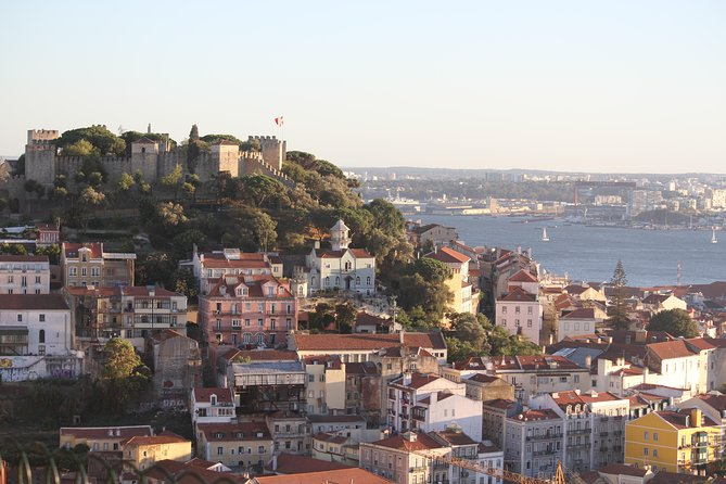 Discover Lisbon by comfy van - Private Half Day Tour photo 21