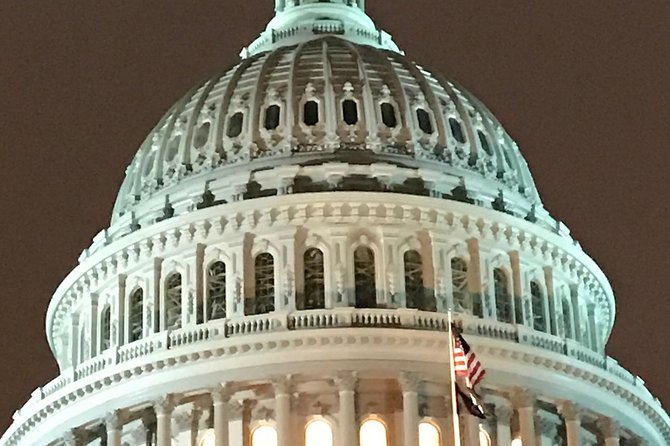 DC Private Night Tours/ professional guide & luxury transportation