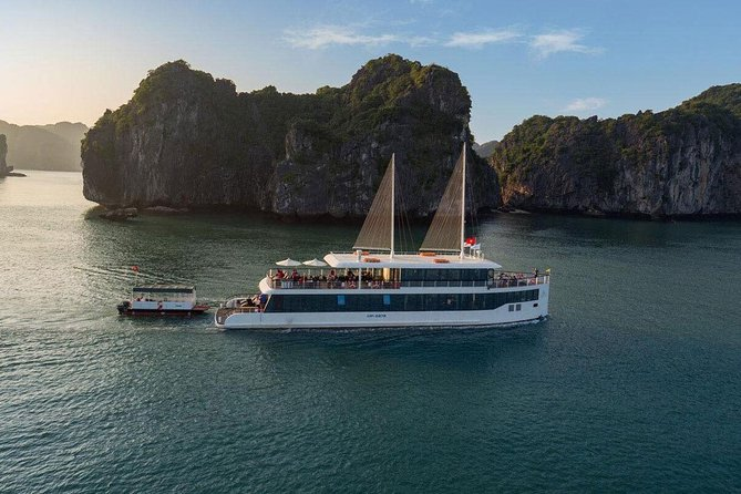 Jade Sails - All inclusive High-end Full day tour Lan Ha Bay and Halong Bay