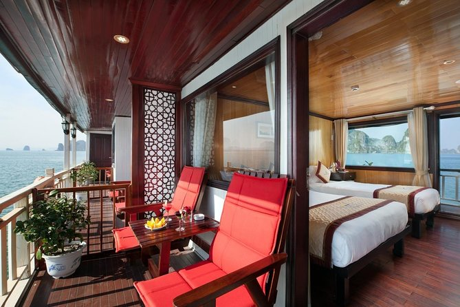 Bai Tu Long Bay on Garden Bay Luxury Cruise 3 Days 2 Nights