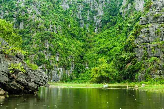 Hanoi: Full-Day Mua Cave, Hoa Lu and Tam Coc Tour