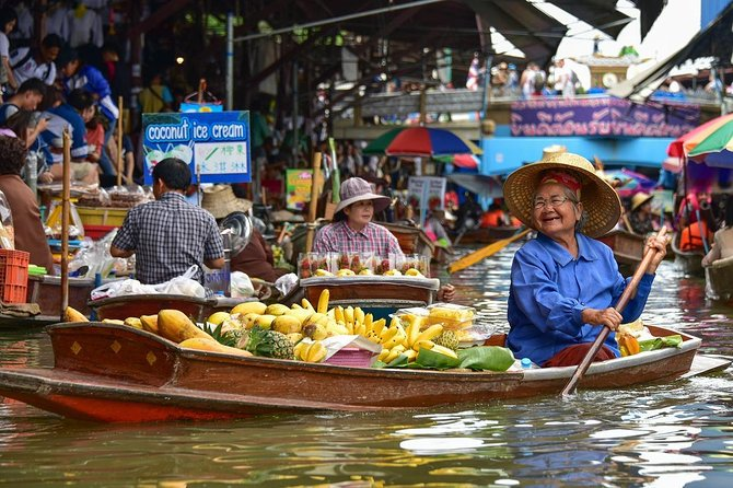 Damnoen Saduak Floating Market Half Day Tour