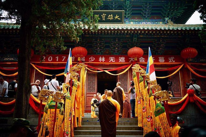 Private Day Tour to Shaolin Temple from Chongqing by Plane