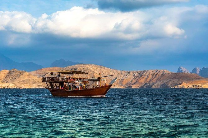 Musandam Dibba Tour & Dhow Cruise